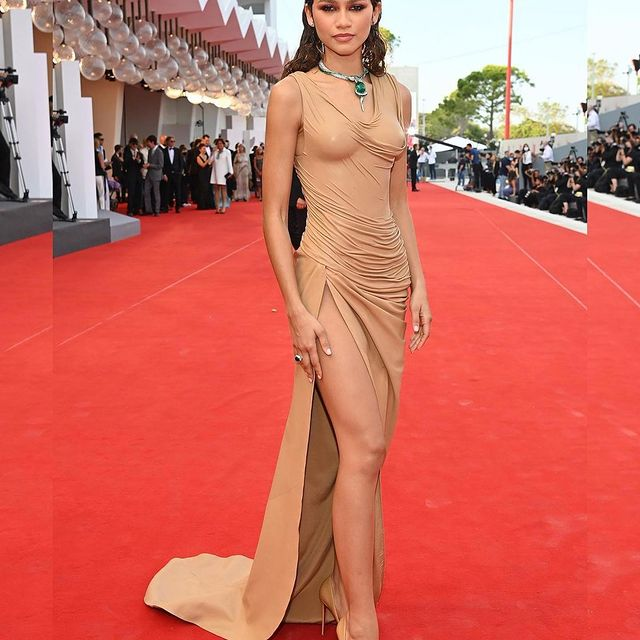 Second appearance at the 2021 Venice Film Festival in Balmain couture.